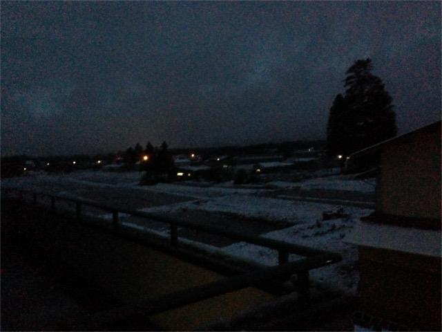 20151126昨日初雪・朝6時HPブログ
